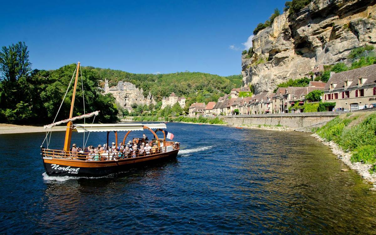 Voyages Cheze - Etoil'tours - La Vallée de la Dordogne - Gabare